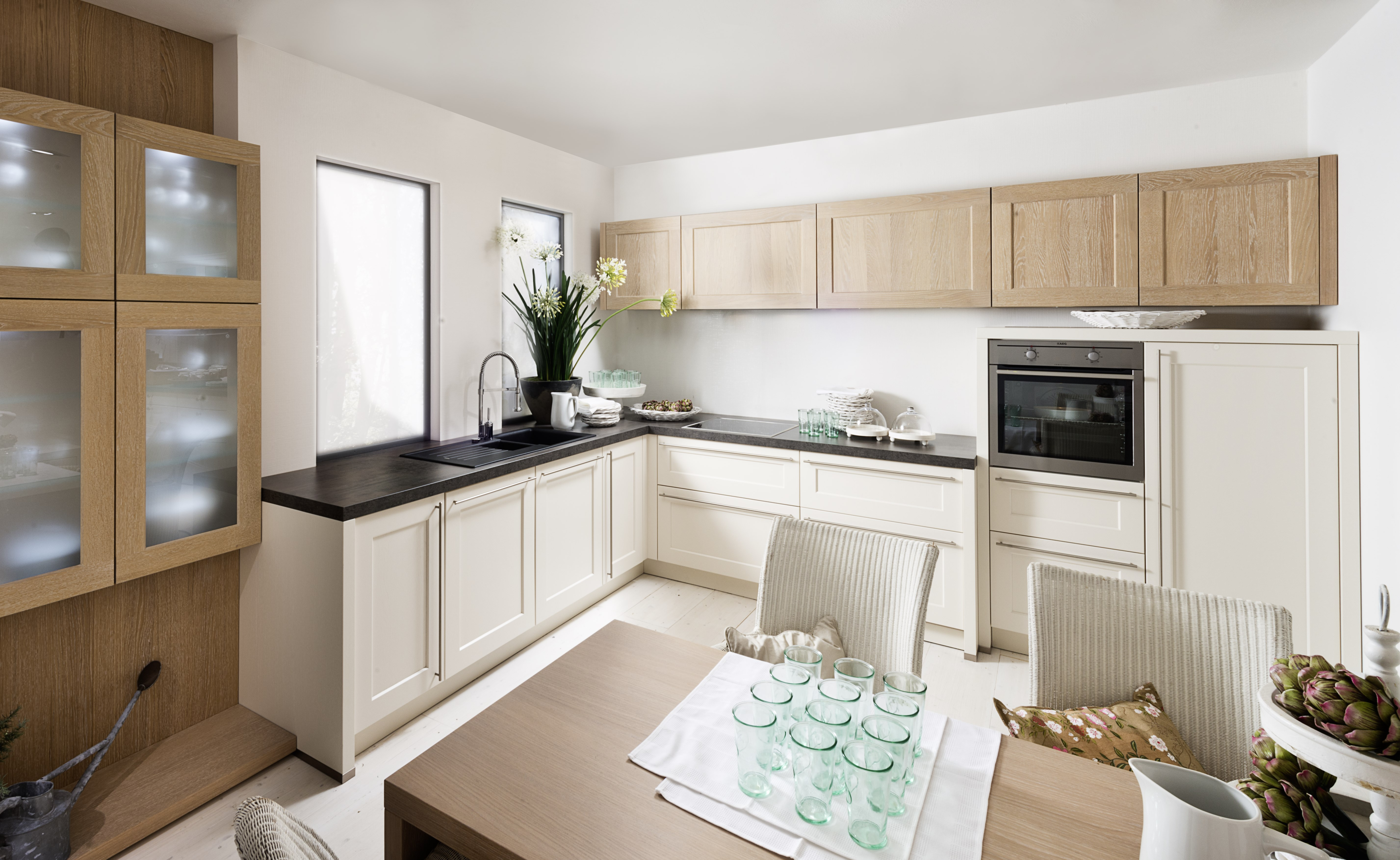 kolekcja high wood kolor magnolia provence ulme nolte kuchnie. Black Bedroom Furniture Sets. Home Design Ideas